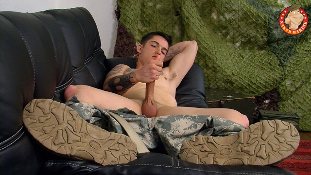 Army man Timo drops his combos and jerks his hard cock at Naked Marine 5 Ripped Muscle Bodybuilder Strips Naked and Strokes His Big Hard Cock photo1 - Army man Timo drops his combo's and jerks his hard cock at Naked Marine