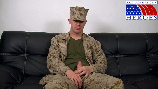 Straight naked men Lance Corporal Scott 01 Ripped Muscle Bodybuilder Strips Naked and Strokes His Big Hard Cock photo image1 - Straight naked men Lance Corporal Scott