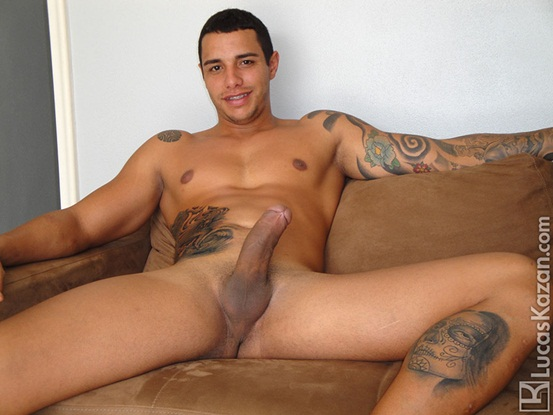 24 year old Coyote with a body a dick and a mind built for sex at Lucas Kazan 01 Ripped Muscle Bodybuilder Strips Naked and Strokes His Big Hard Cock photo image1 - 24 year old Coyote with a body a dick and a mind built for sex at Lucas Kazan