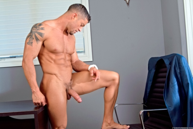 Cody Cummings gay porn star ripped muscle stud American huge dick bubble butt muscled hunk hard abs 01 pics gallery tube video photo - Cody Cummings