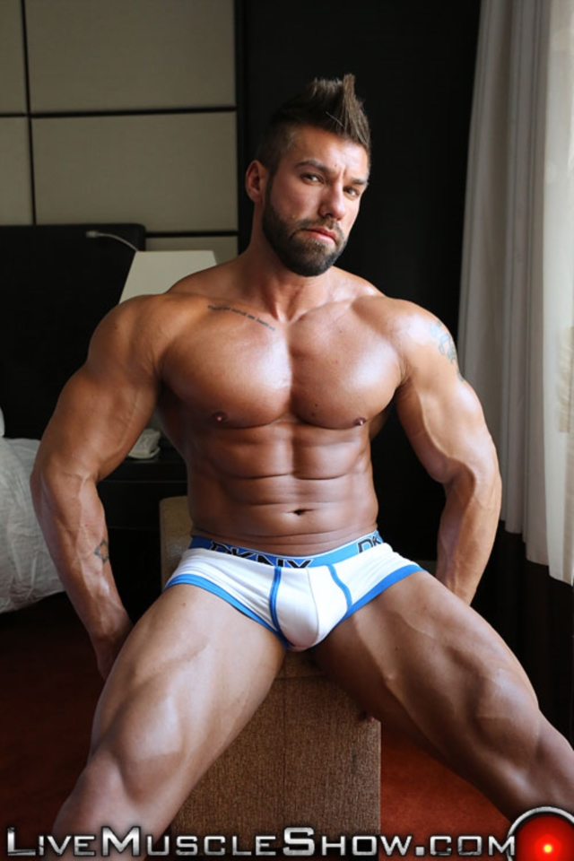 Lucas Diangelo Live Muscle Show Gay Naked Bodybuilder nude bodybuilders gay muscles muscled gay sex photo02 gallery video photo - Lucas Diangelo