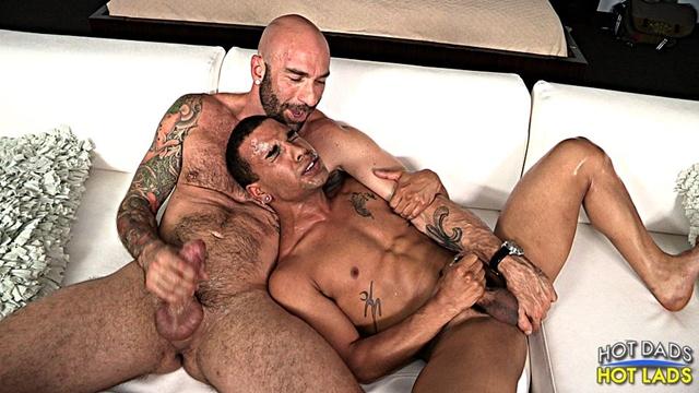 Hot-Lads-Hot-Dads-Hung-daddy-Drew-Sebastian-power-bottom-lad-Trelino-kiss-Drew-Sebastian-thick-cum-load-016-male-tube-red-tube-gallery-photo