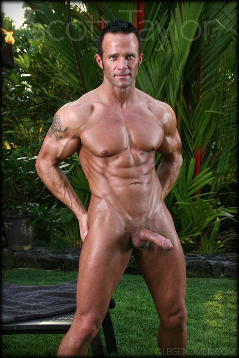 LegendMen-big-muscled-body-Scott-Taylor-flexes-biceps-naked-men-hard-erect-muscle-dick-ball-sack-piercing-009-nude-men-tube-redtube-gallery-photo