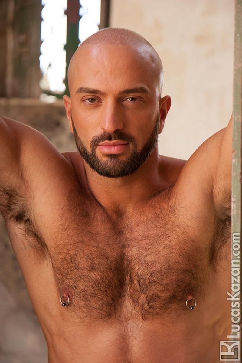 LucasKazan-Italian-newcomer-Bruno-Boni-winner-Rome-Ettore-ITALIANS-OTHER-STRANGERS-chiseled-body-bedroom-eyes-008-tube-download-torrent-gallery-photo