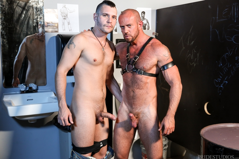 HighPerformanceMen Big muscle daddy Matt Stevens leather harness hairy chest tattooed young punk Bradley Boyd 001 tube video gay porn gallery sexpics photo - Matt Stevens and Bradley Boyd