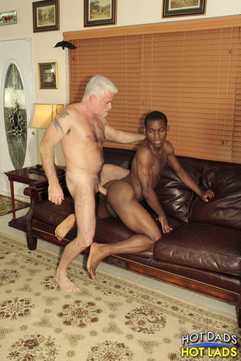 HotLadsHotDads-Jake-Marshall-big-prick-massive-cock-fucks-Zion-Jay-Prescott-jerks-jizz-load-six-pack-abs-kiss-004-tube-video-gay-porn-gallery-sexpics-photo