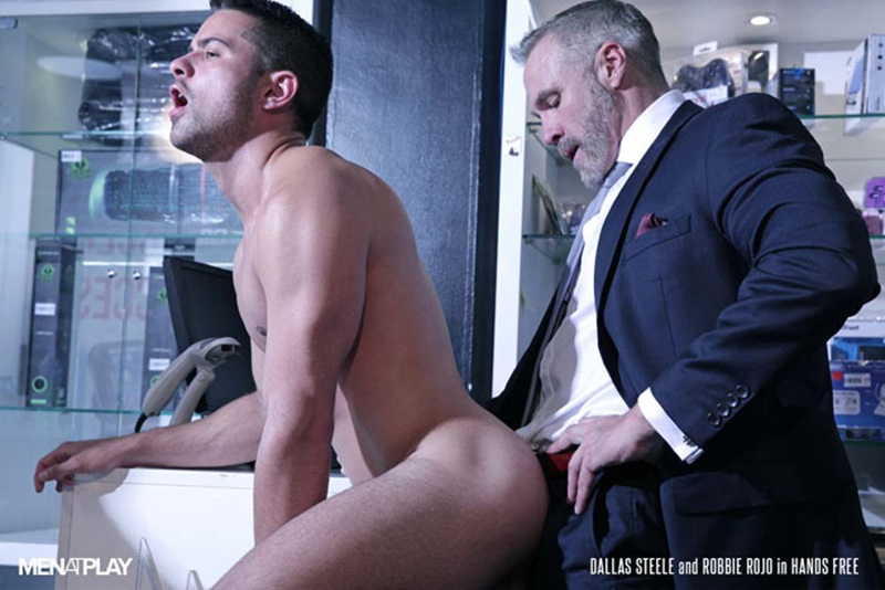 Men com young muscle bottom boy Robbie Rojo Silver Daddy Dallas Steele massive cock fuck boy hot older man fucked hard cum load deep ass 01 gay porn star sex video gallery photo - Sexy young bottom boy Robbie Rojo hot ass fucking by hot daddy Dallas Steele