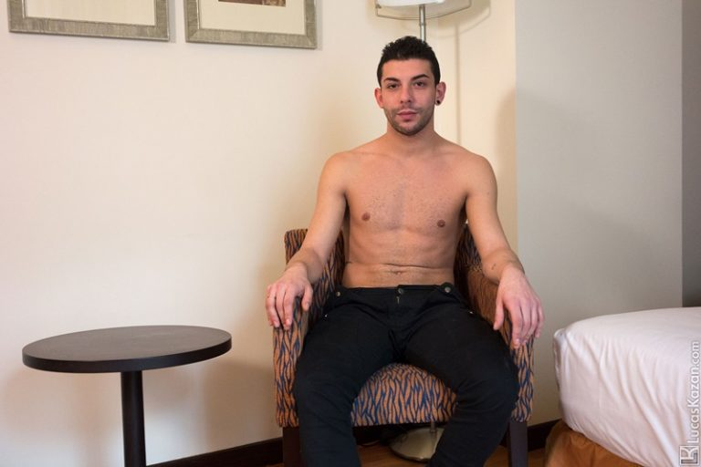 LucasKazan Hung Horny Verstatile kinky 26 year old Italian muscle hunk Michele fitness instructor water sports leash BDSM big thick dick 002 gay porn sex gallery pics video photo 768x512 - Sexy Italian fitness instructor Michelle jerks out a full cum load unloading his heavy balls