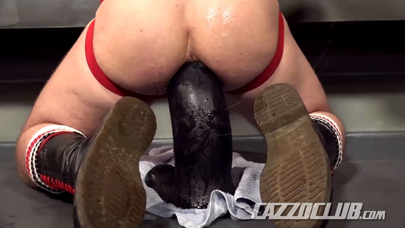 cazzoclub-naked-pig-fisting-bottom-ashley-ryder-horny-top-nico-lust-hairless-pink-ass-open-asshole-gaping-cunt-rosebud-swollen-014-gay-porn-sex-gallery-pics-video-photo