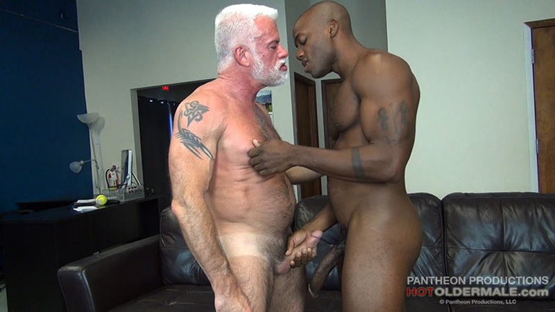 Hotoldermale sexy black naked muscle stud Osiris Blade 11 inch ebony dick breeds older daddy Jake Marshall mature asshole 001 gay porn sex gallery pics video photo - Hot Older Male sexy black muscle stud Osiris Blade breeds daddy Jake Marshall's mature asshole