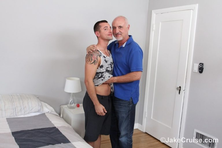 JakeCruise Sexy young naked dude Wolfie Blue big dick serviced older mature dude Jake Cruise big thick large cock sucking feet 002 gay porn sex gallery pics video photo 768x512 - Sexy young naked dude Wolfie Blue's big dick serviced by older mature dude Jake Cruise