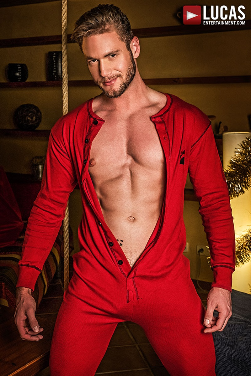 Ace Heragay Porn dylan james comes down ace era's chimney this christmas
