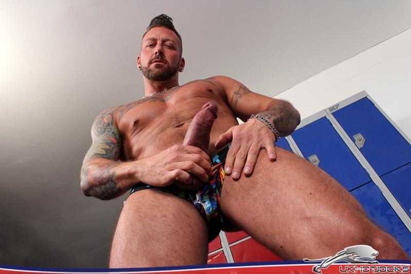ukhotjocks-sexy-naked-muscle-dude-locker-jock-hugh-hunter-jerks-huge-cock-solo-jerk-off-massive-cumshot-bubble-butt-ass-hole-022-gay-porn-sex-gallery-pics-video-photo