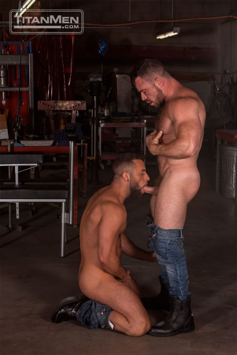 TitanMen sexy hardcore muscle dudes Liam Knox anal fucking Eddy Ceetee fuck sling gay porn sex ass fucking big thick large dicks 001 gay porn sex gallery pics video photo 768x1152 - Hardcore muscle dudes Liam Knox and Eddy Ceetee fuck in the sling factory