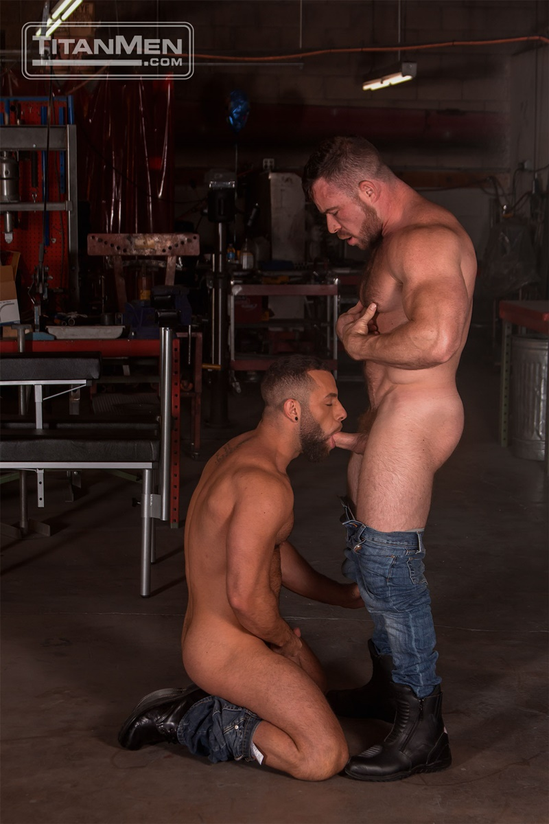 TitanMen sexy hardcore muscle dudes Liam Knox anal fucking Eddy Ceetee fuck sling gay porn sex ass fucking big thick large dicks 001 gay porn sex gallery pics video photo - Hardcore muscle dudes Liam Knox and Eddy Ceetee fuck in the sling factory