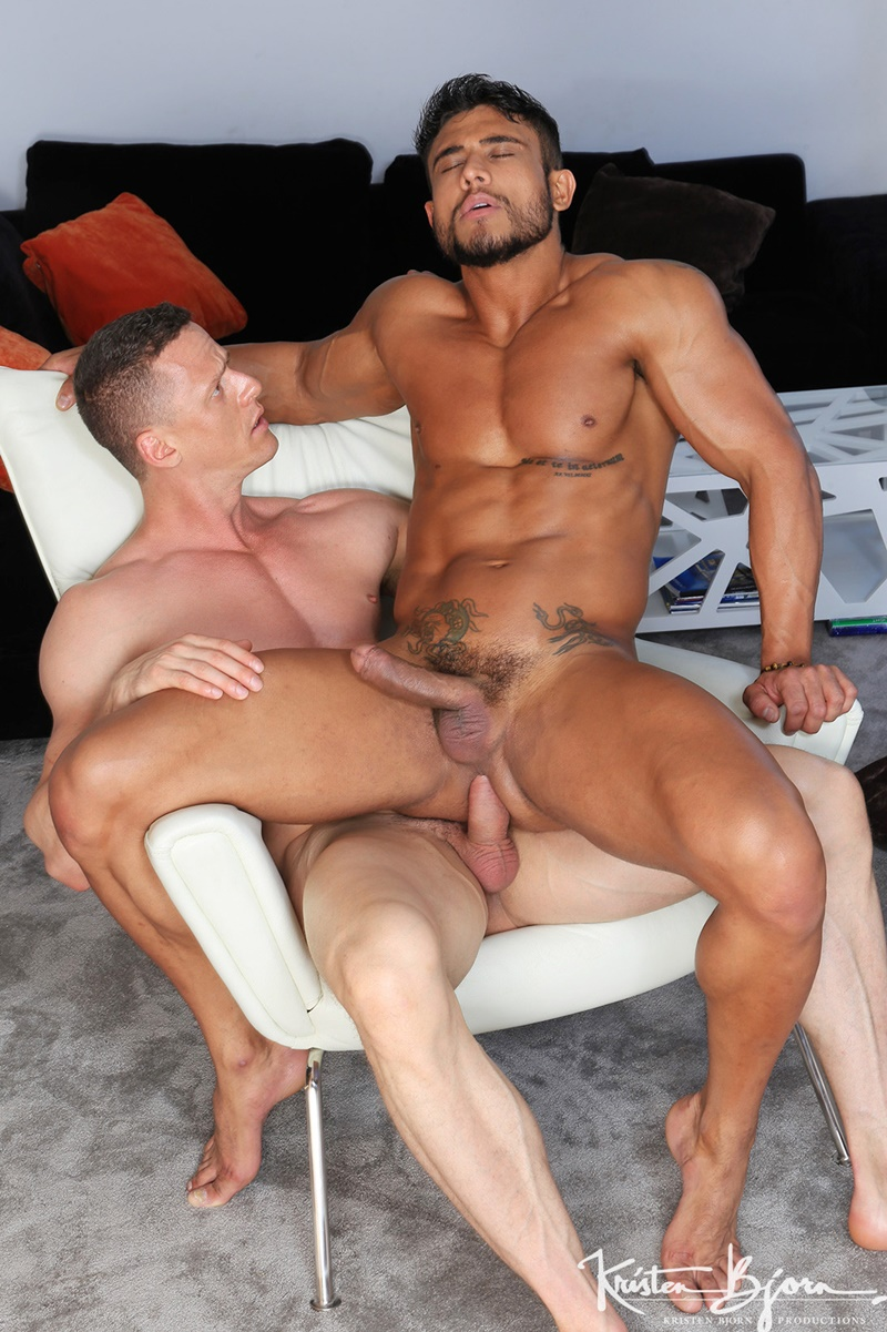 KristenBjorn hot naled big muscle men Diego Lauzen massive muscled cock anal Ivan Gregory hot pink ass hole cocksucking 002 gay porn sex gallery pics video photo - Hot naked big muscle men Diego Lauzen slips his cock deep inside of Ivan Gregory's hot pink ass hole