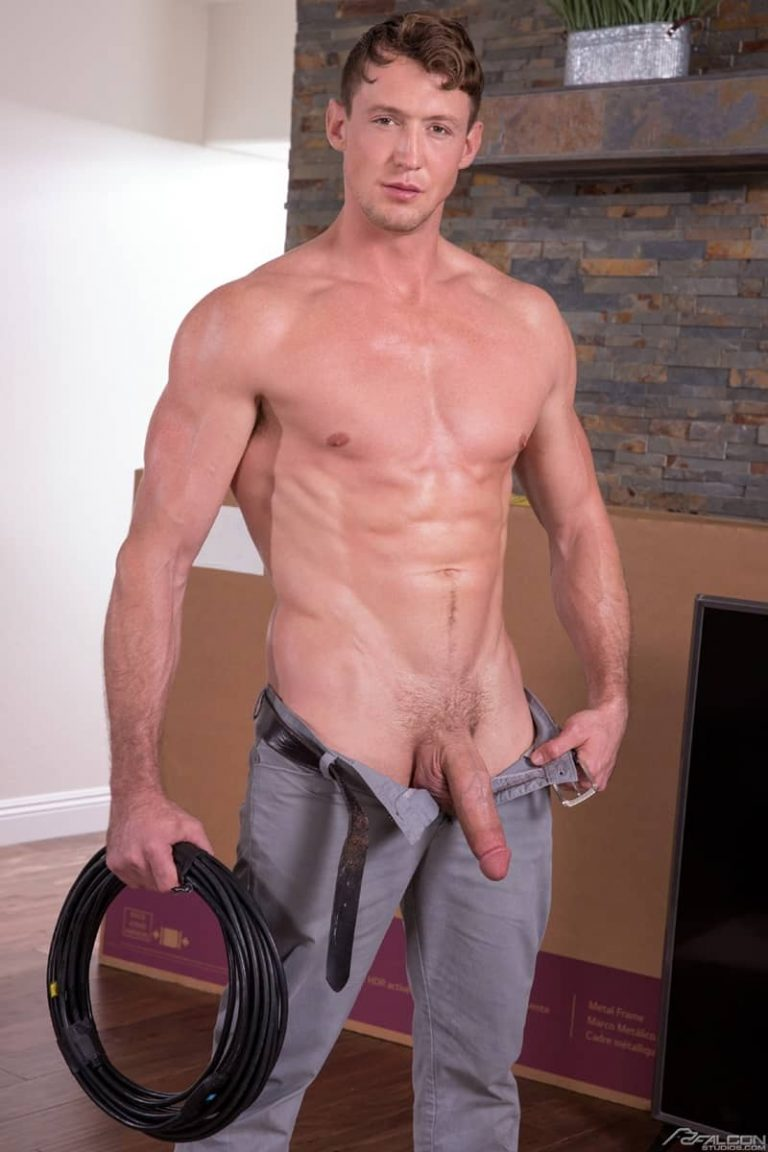 FalconStudios gay porn hot young stud 10 inch giant cock sex pics Brett Dylan Pierce Paris 002 gallery video photo 768x1152 - Hot young stud Brett Dylan gets on his knees slurping on Pierce Paris' giant cock