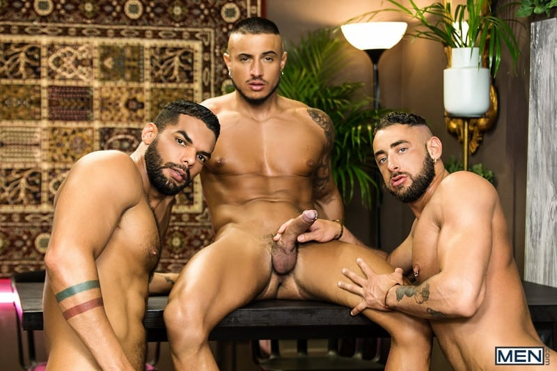 Men Hot big muscle threesome Massimo Piano Klein Kerr Lucas Fox hardcore thick muscled dick fucking 001 gay porn pictures gallery - Hot big muscle threesome Massimo Piano, Klein Kerr and Lucas Fox hardcore thick muscled dick fucking