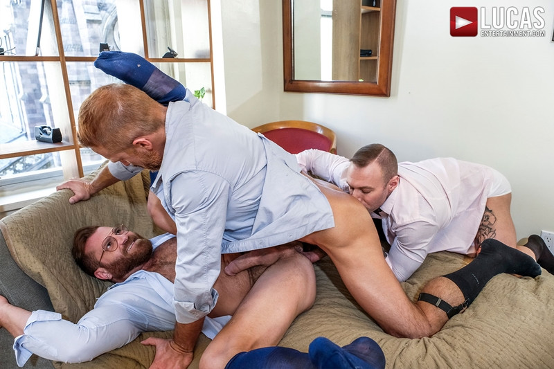 LucasEntertainment Hardcore muscle fucking threesome Dylan James Dirk Caber Riley Mitchel 012 Gay Porn Pics - Dylan James, Dirk Caber, Riley Mitchel