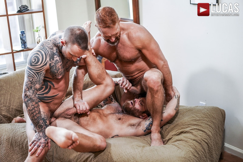 LucasEntertainment Hardcore muscle fucking threesome Dylan James Dirk Caber Riley Mitchel 018 Gay Porn Pics - Dylan James, Dirk Caber, Riley Mitchel