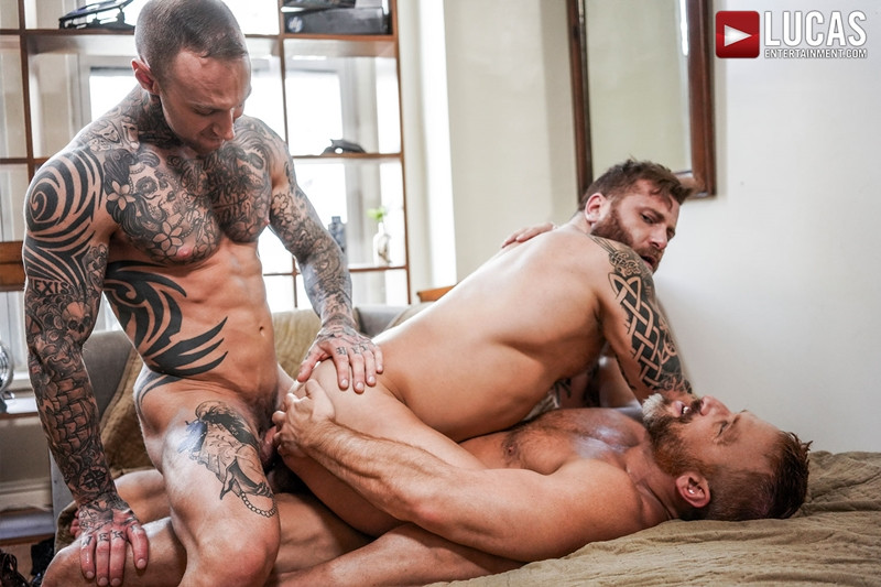 LucasEntertainment Hardcore muscle fucking threesome Dylan James Dirk Caber Riley Mitchel 019 Gay Porn Pics - Dylan James, Dirk Caber, Riley Mitchel