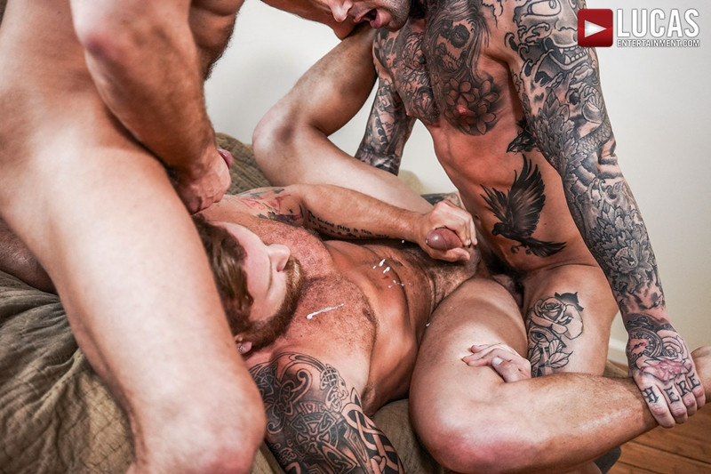 LucasEntertainment Hardcore muscle fucking threesome Dylan James Dirk Caber Riley Mitchel 027 Gay Porn Pics - Dylan James, Dirk Caber, Riley Mitchel