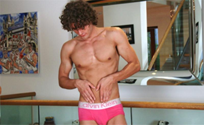 Hottie dude Igor Kolomiyets wanks huge load jizz big 8 inch dick EnglishLads 007 Gay Porn Pics - Igor Kolomiyets