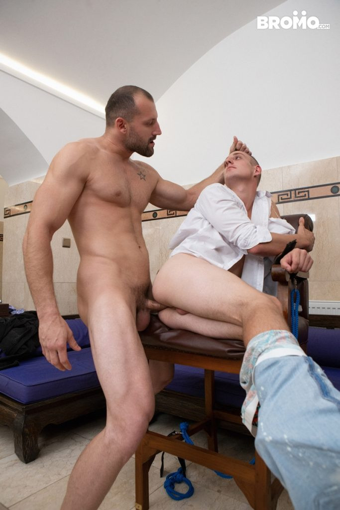Johnny spanks Luke pert butt fingering tight hole fucking face Bromo 012 Gay Porn Pics 683x1024 - Bromo Johnny, Bromo Luke
