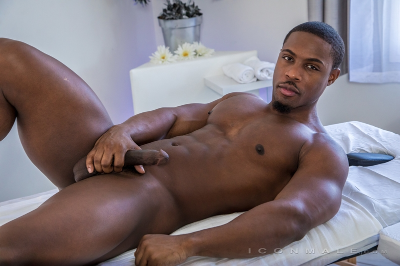 Hot young boy Avery Jones tight ass bare fucked hard DeAngelo Jackson huge black dick Icon Male 012 gay porn pics - DeAngelo Jackson, Avery Jones