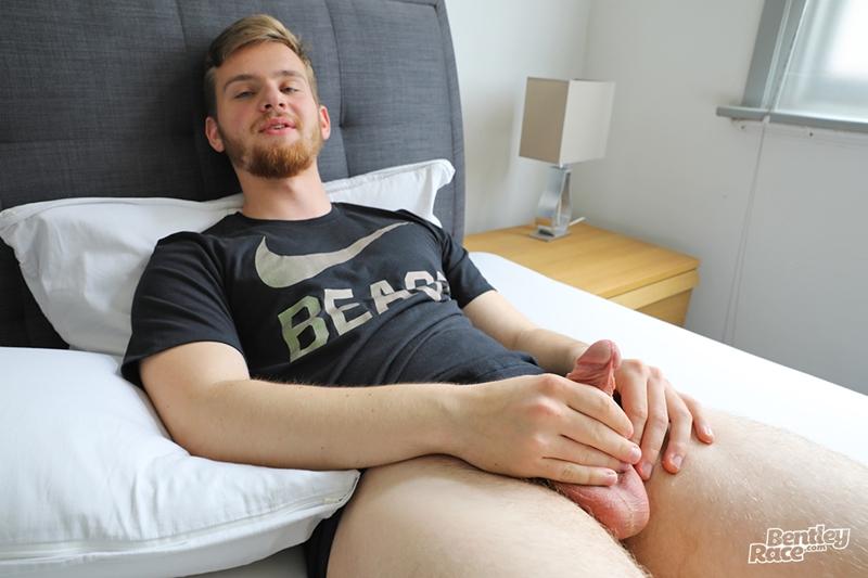 Straight young German guy jacking huge uncut dick blows cum all over himself Bentley Race 009 gay porn pics - Lukas Schmidt